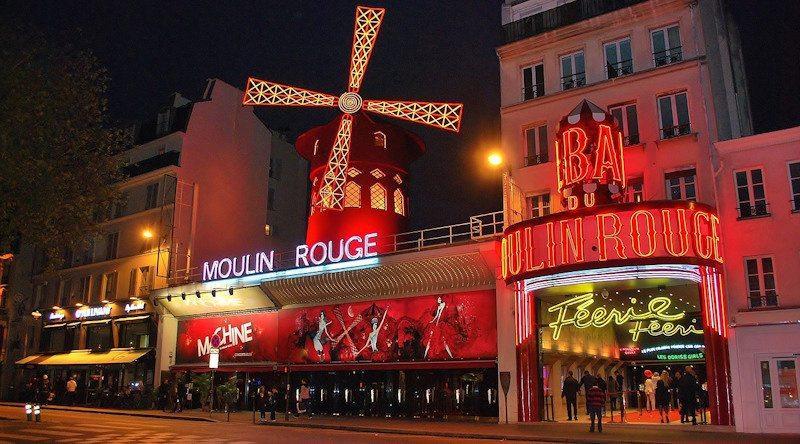 Moulin Rouge Paryż