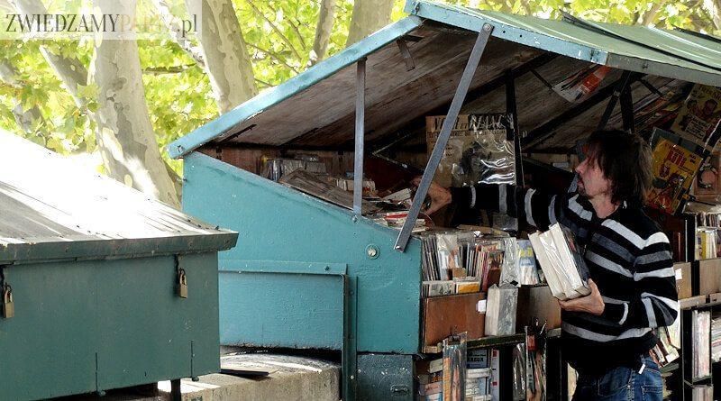 Bukiniści – księgarze nad Sekwaną