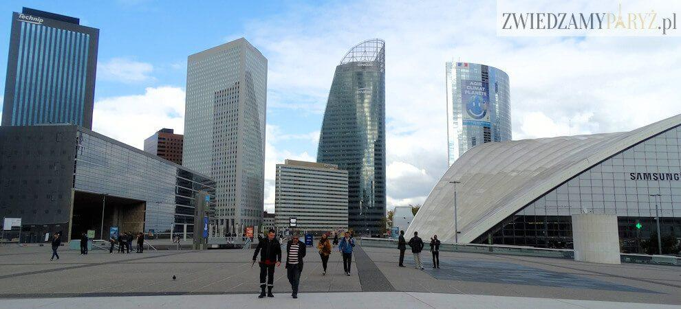 La Defense w Paryżu