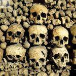 Katakumby Paryża – królestwo śmierci