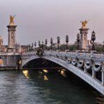 8 dzielnica Paryża - most Aleksandra III