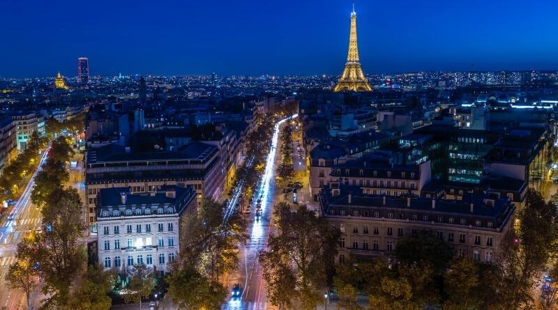 zwiedzanie Paryża nocą