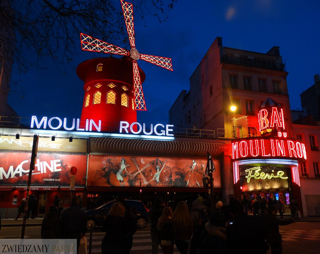 Moulin Rouge nocą
