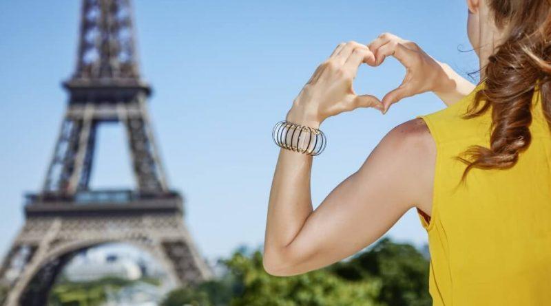 Paryż biuro podróży