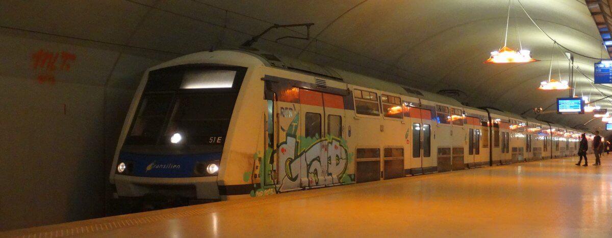 Połączenia kolejowe RER w Paryżu